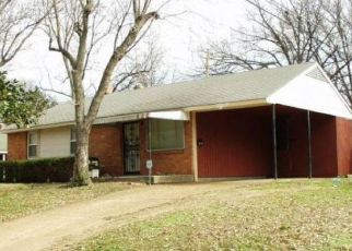 Foreclosed Home in Memphis 38111 DOGWOOD DR - Property ID: 4468359789