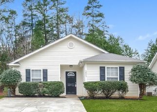 Foreclosed Home in Charlotte 28216 HAMILTON OAKS DR - Property ID: 4468610750