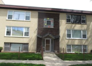 Foreclosed Home in Oak Park 60302 S KENILWORTH AVE - Property ID: 4468710603