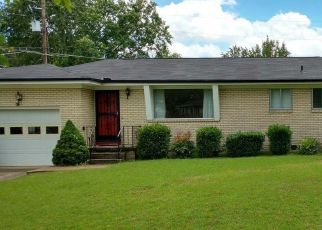 Foreclosed Home in Chattanooga 37412 RIDGEFIELD CIR - Property ID: 4468965497
