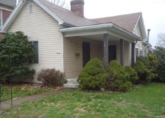 Foreclosed Home in Parkersburg 26101 LATROBE ST - Property ID: 4469017172