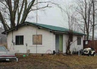 Foreclosed Home in Clare 48617 HOLIDAY DR - Property ID: 4469374121