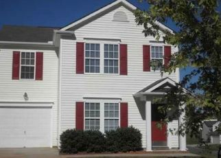Foreclosed Home in Charlotte 28215 GLENMAC RD - Property ID: 4469463925