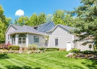 Foreclosed Home in Chagrin Falls 44023 CROWN POINTE - Property ID: 4469567721