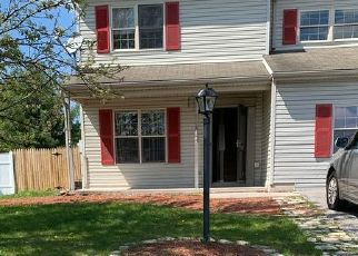 Foreclosed Home in Dover 17315 SOLAR DR - Property ID: 4469657499