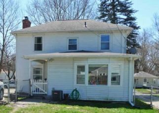 Foreclosed Home in Lansing 48910 N DEXTER DR - Property ID: 4469716630