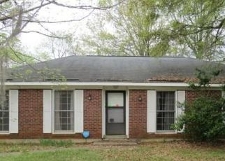 Foreclosed Home in Montgomery 36116 WINDWOOD DR - Property ID: 4469759997