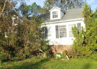 Foreclosed Home in Washington 27889 GRESHAM LN - Property ID: 4469789776