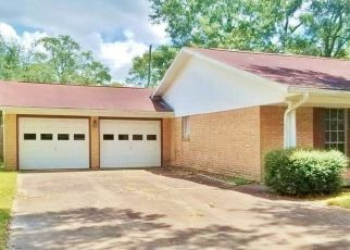 Foreclosed Home in Beaumont 77706 CHEVY CHASE LN - Property ID: 4469847132