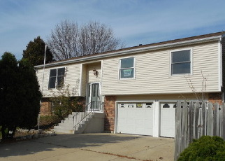 Foreclosed Home in Batavia 60510 HILLSBORO DR - Property ID: 4469863344