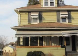 Foreclosed Home in Johnson City 13790 LESTER AVE - Property ID: 4469931225