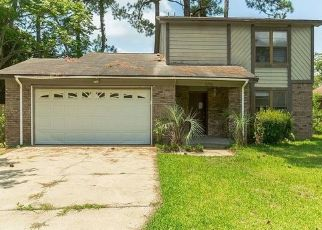Foreclosed Home in Gulf Breeze 32563 SUNRUNNER LN - Property ID: 4470103803