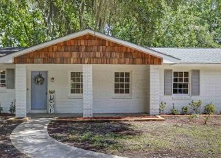 Foreclosed Home in Saint Marys 31558 DEVON DR - Property ID: 4470107746