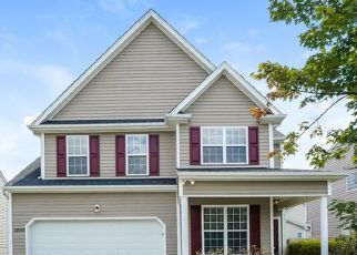 Foreclosed Home in Raleigh 27610 GOLDEN BELL DR - Property ID: 4470128767