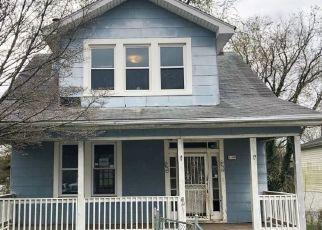 Foreclosed Home in Gwynn Oak 21207 SUNBRIAR LN - Property ID: 4470277227