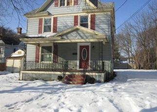 Foreclosed Home in Auburn 13021 LAWTON AVE - Property ID: 4470308326