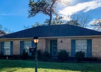 Foreclosed Home in Dickinson 77539 WOODLAND DR - Property ID: 4470359126
