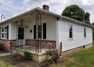 Foreclosed Home in Bristol 37620 LARK ST - Property ID: 4470429652