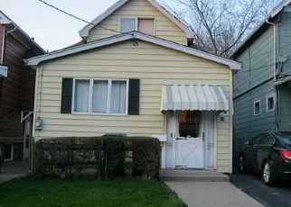 Foreclosed Home in Buffalo 14207 HENRIETTA AVE - Property ID: 4470503670