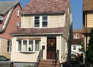 Foreclosed Home in Cambria Heights 11411 217TH ST - Property ID: 4470647315