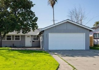 Foreclosed Home in Citrus Heights 95621 ROSSWOOD DR - Property ID: 4470719590