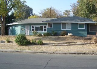 Foreclosed Home in Bakersfield 93306 KENT DR - Property ID: 4470728341