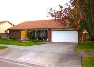 Foreclosed Home in Highland 92346 RAINBOW LN - Property ID: 4470752435