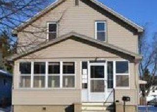 Foreclosed Home in Sheboygan 53081 MARVIN CT - Property ID: 4470817700