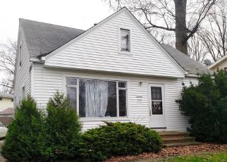Foreclosed Home in Euclid 44123 BLACKSTONE AVE - Property ID: 4470831262