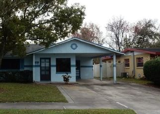 Foreclosed Home in Orlando 32811 CLARINDA ST - Property ID: 4470843985