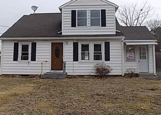 Foreclosed Home in Ludlow 01056 JOHN ST - Property ID: 4470884259