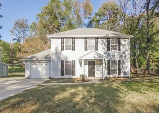 Foreclosed Home in Charlotte 28214 WHITEWATER DR - Property ID: 4470915359