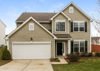 Foreclosed Home in Charlotte 28269 DEATON HILL DR - Property ID: 4471017408