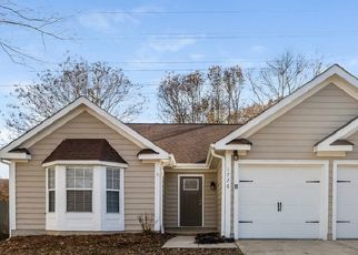 Foreclosed Home in Charlotte 28213 GORDON WALTERS DR - Property ID: 4471122525