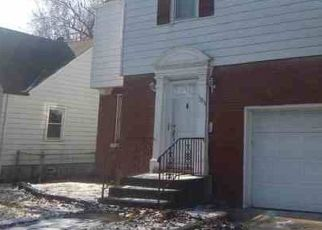 Foreclosed Home in Riverdale 60827 S STATE ST - Property ID: 4471184719