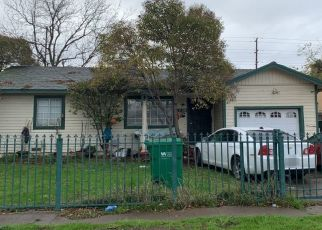 Foreclosed Home in Stockton 95205 MILTON ST - Property ID: 4471285897