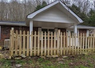 Foreclosed Home in Pleasant Shade 37145 PEYTONS CREEK RD - Property ID: 4471349391