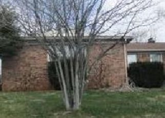 Foreclosed Home in Johnson City 37615 FAIRWAY DR - Property ID: 4471525907