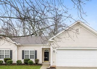 Foreclosed Home in Winston Salem 27107 SHADETREE DR - Property ID: 4471563112