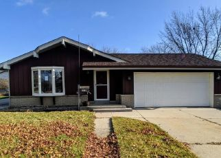 Foreclosed Home in Cudahy 53110 S NICHOLSON AVE - Property ID: 4471797437