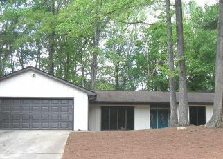 Foreclosed Home in Stone Mountain 30088 S HIDDEN HILLS PKWY - Property ID: 4471854822