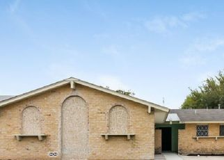 Foreclosed Home in San Antonio 78233 OLD SPANISH TRL - Property ID: 4471962565