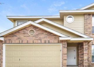Foreclosed Home in San Antonio 78223 BUR OAK PATH - Property ID: 4471963432