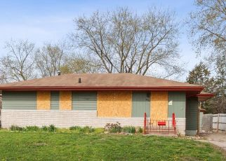 Foreclosed Home in Des Moines 50313 E 10TH ST - Property ID: 4472409284