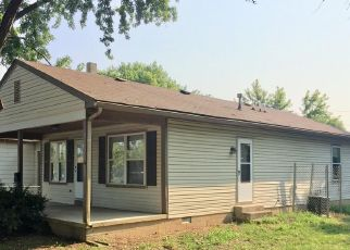 Foreclosed Home in Indianapolis 46222 CABLE ST - Property ID: 4472419363