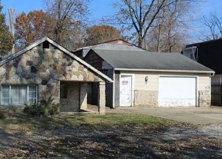 Foreclosed Home in Indianapolis 46227 E THOMPSON RD - Property ID: 4472552512