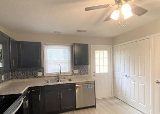 Foreclosed Home in Monroe 28112 KESWICK PL - Property ID: 4472731197