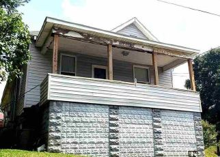 Foreclosed Home in Clarksburg 26301 HAMILL AVE - Property ID: 4472765359