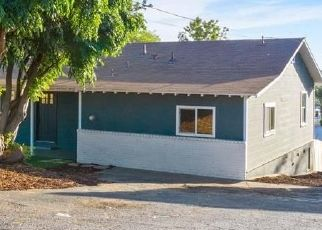 Foreclosed Home in Vista 92084 HARTWRIGHT RD - Property ID: 4472804793