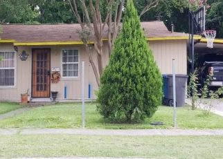 Foreclosed Home in San Antonio 78221 LANGFORD PL - Property ID: 4472817487